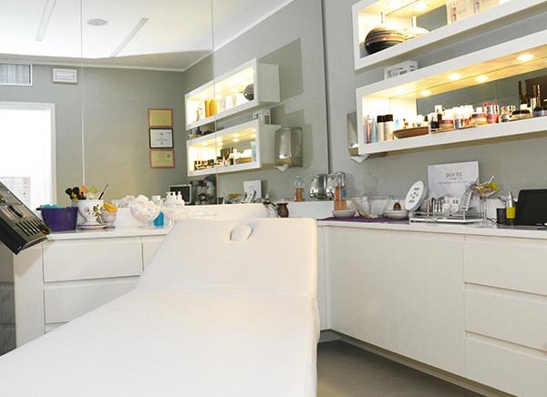 Cabina Estetica Milano : Farmacia dr. preti cabina dermocosmetica